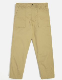 UNIVERSAL WORKS – Fatigue Pant In Sand Twill