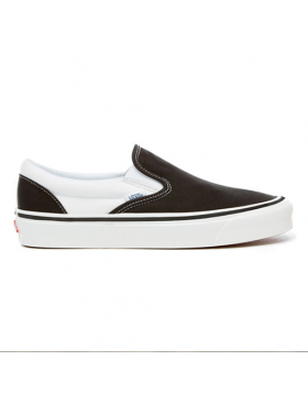 VANS Classic Slip-On 9 (Anaheim Factory) – Black / White