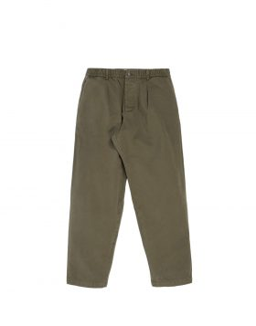 UNIVERSAL WORKS – Pleated Track Pant In Olive Taka Cotton