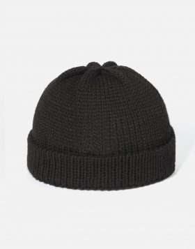 UNIVERSAL WORKS – Short Watch Cap In Black British Wool