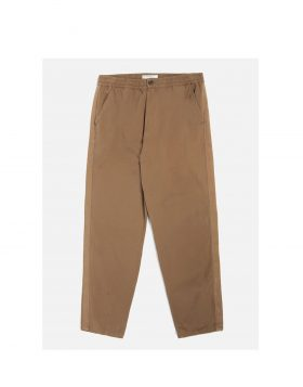 UNIVERSAL WORKS – Track Trouser in Khaki Canvas