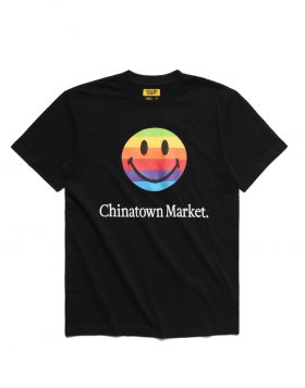 CHINATOWN MARKET – Smiley Apple T-shirt (Black)